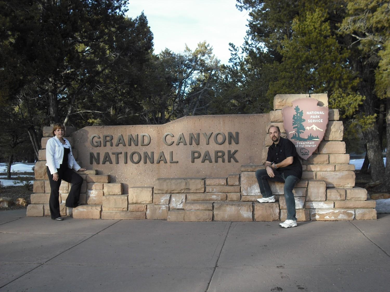 Dale & Dianne at Grand Canyon, AZ