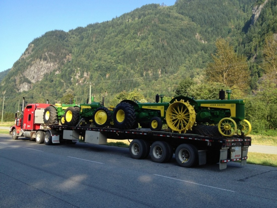 Hauling a load of John Deere antique tractors for Ivan Janssen