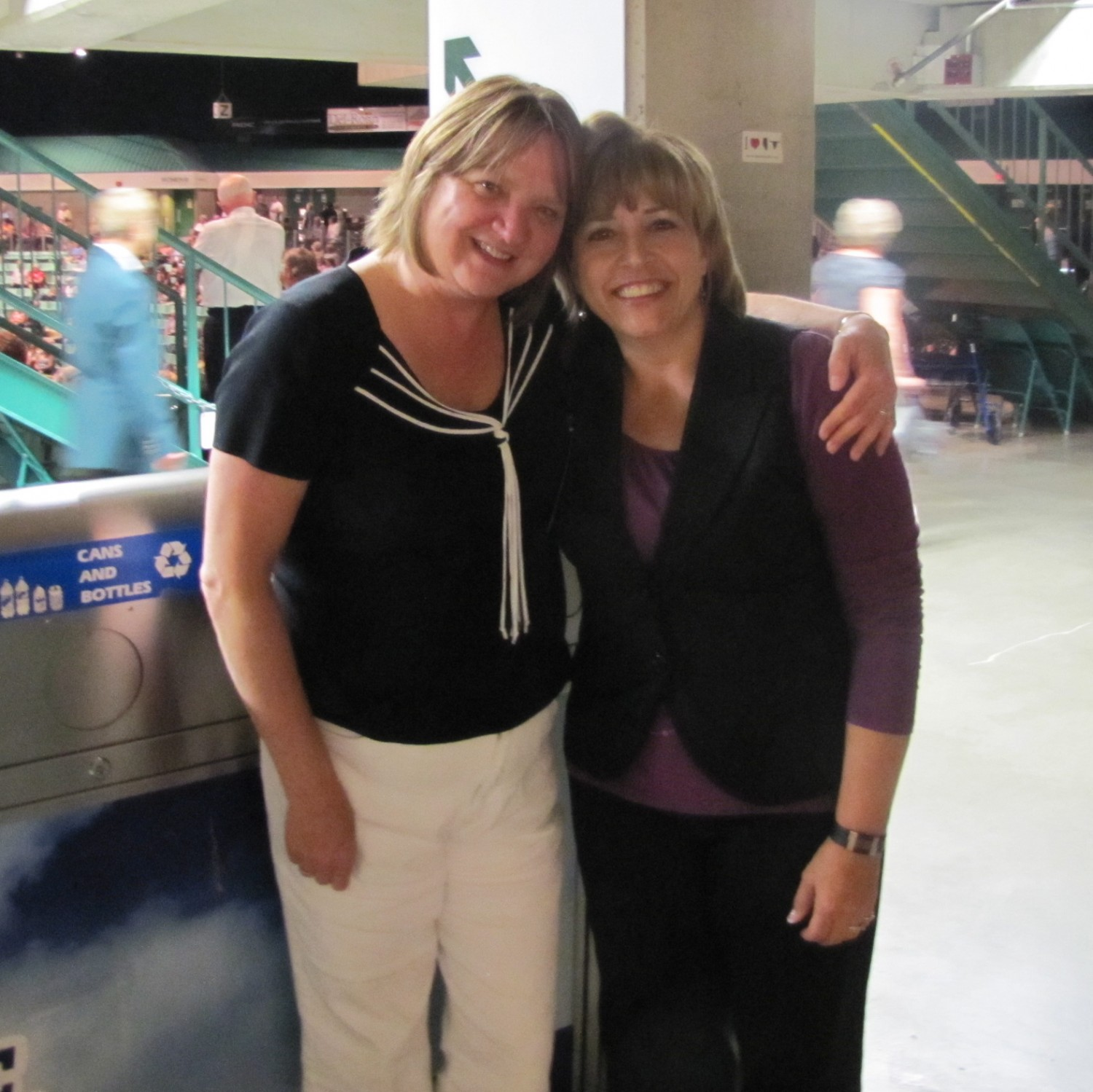 Dianne and Alvina Burns