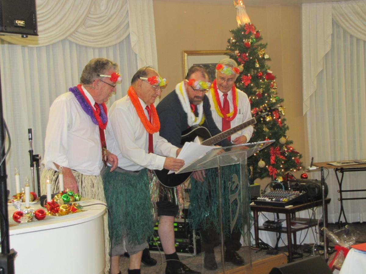 Dave Luscombe and the Nazarene mens quartet