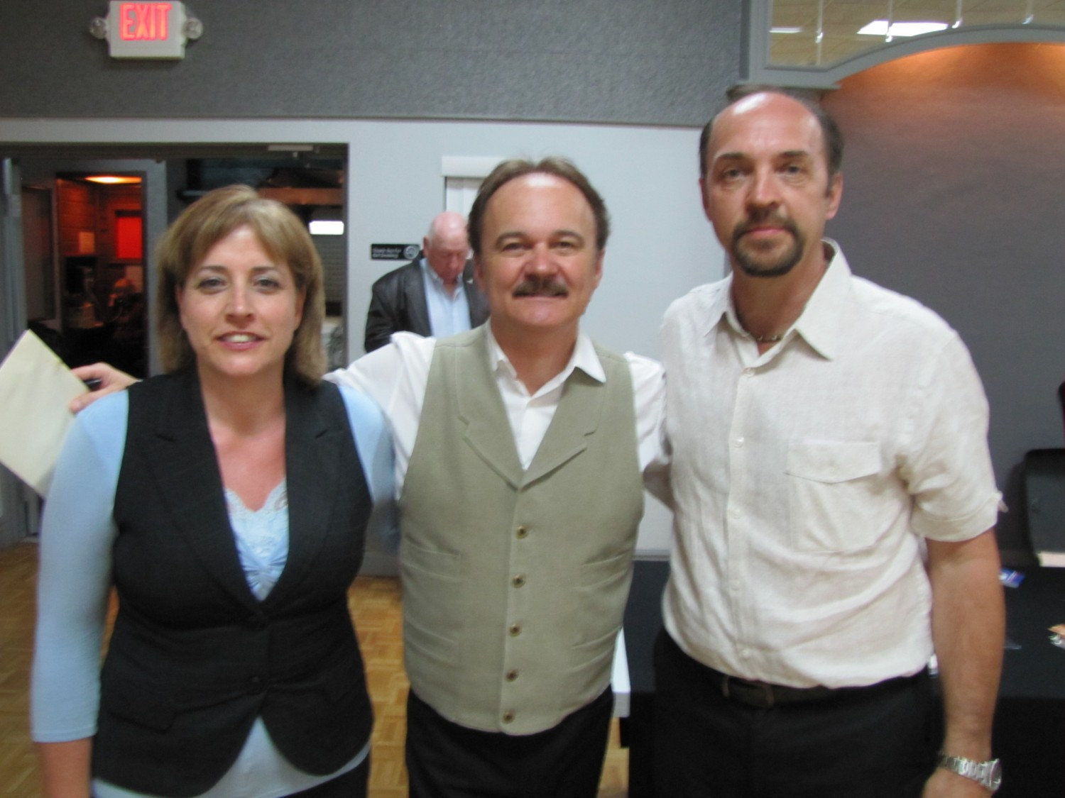 Jimmy Fortune with Dianne and Dale